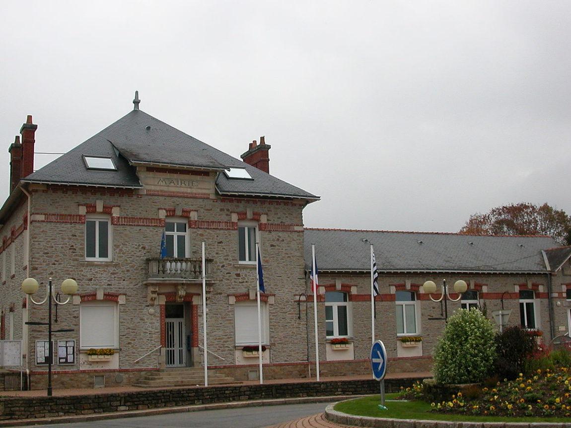 Treillières_mairie.jpg